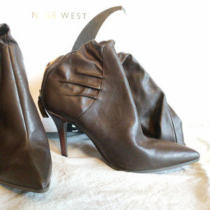 Nine West Brown Knee High Heel Zip, Size 9.5